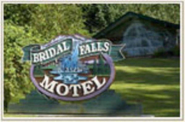 Bridal Falls Motel