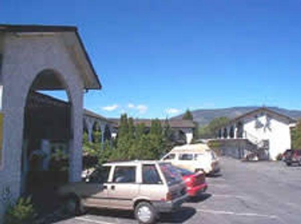 Carmi Motel
