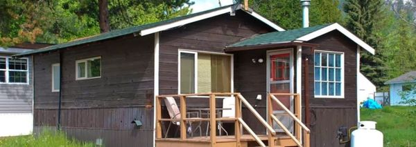 Castlegar Cabins, RV Park & Campground