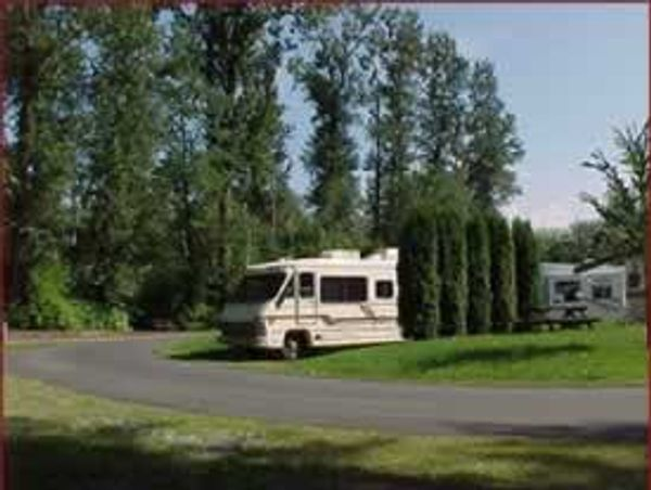 Cottonwood Meadows RV Country Club
