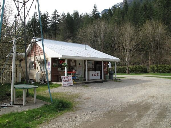 Othello Tunnels Campground & RV Park