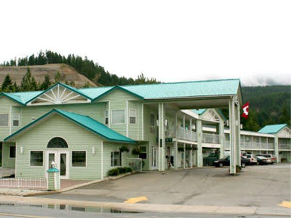 Ponderosa Motor Inn