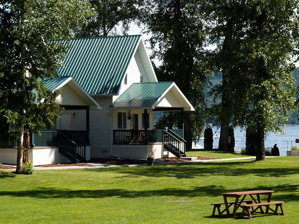 Scotch Creek Cottages Resort/Shuswap Vacation Rentals