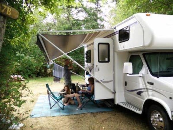 Bradsdadsland Campsite