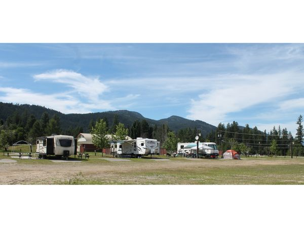 Christina Lake Motel & RV Park